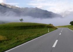 Cesta v mlze